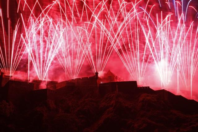 Edinburgh Festival Fireworks 2011