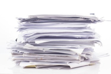 Staying Organized & Sane with a Million Forms {PLUS a FREEBIE}