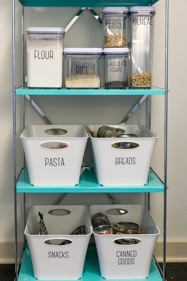 The Everyday Hostess design and home decor - kitchen pantry