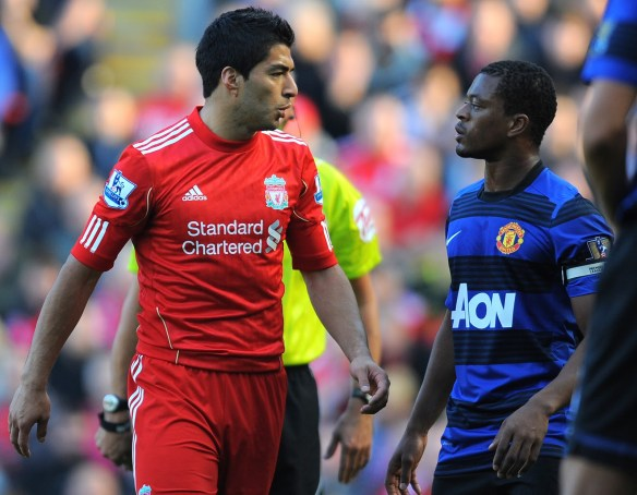liverpool-vs-man-united-patrice-evra-luis-suarez