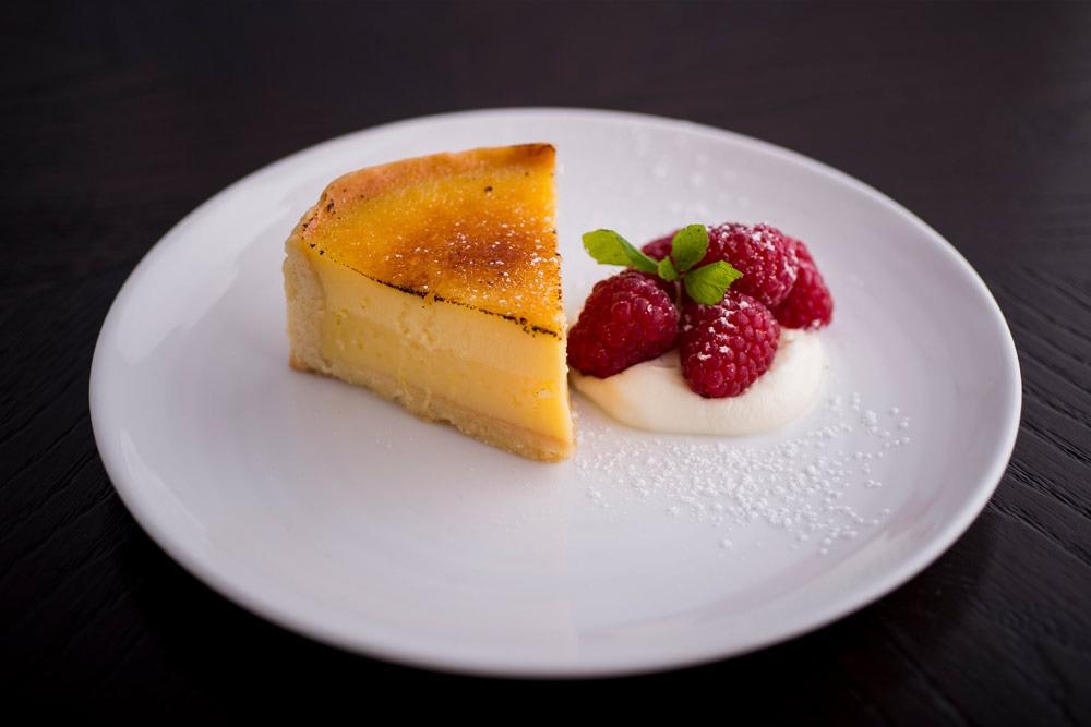 the disgruntled brasseries lemon tart