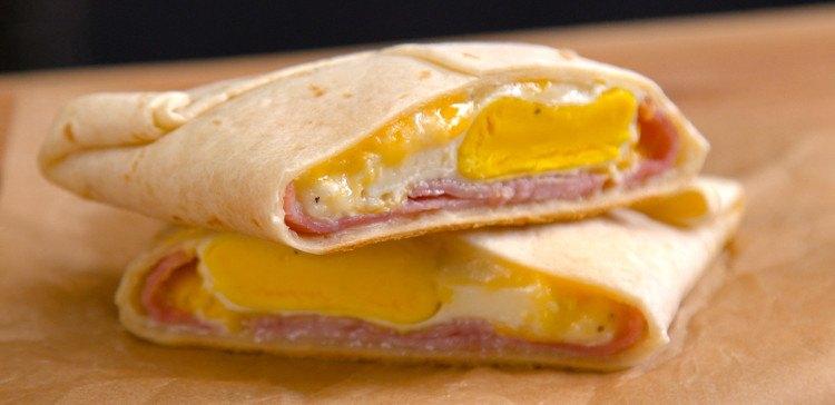 Ham-Cheese-Breakfast-Pockets