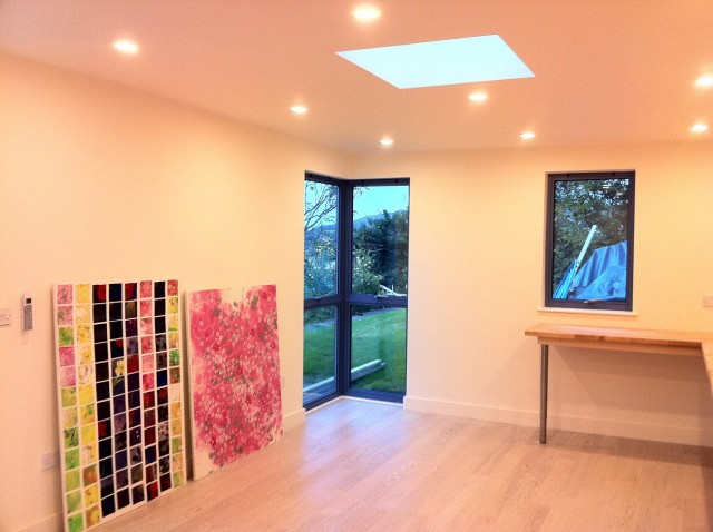 Garden affairs bespoke garden studio case study the for Garden studio interiors