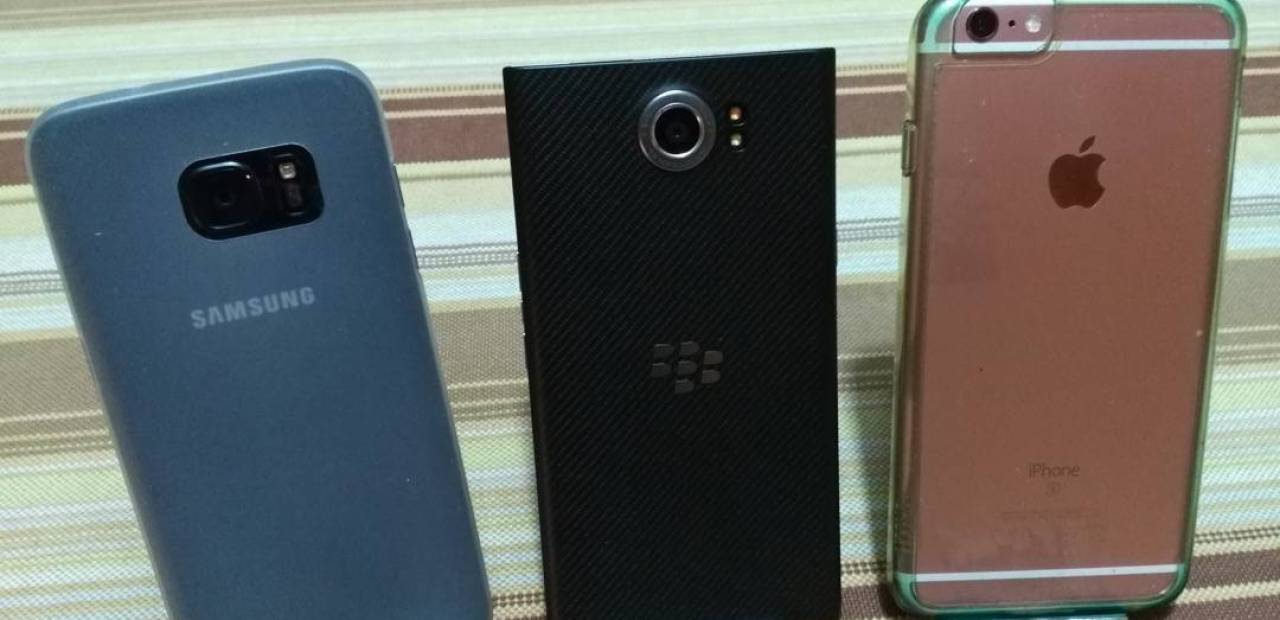 Galaxy S7 Edge, iPhone 6S plus, BlackBerry Priv Sfida fotocamere