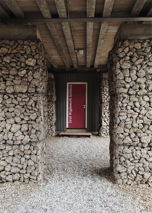 Pebbled entrance to Wigglesworth Architects' studio. Photograph by Regner Ramos