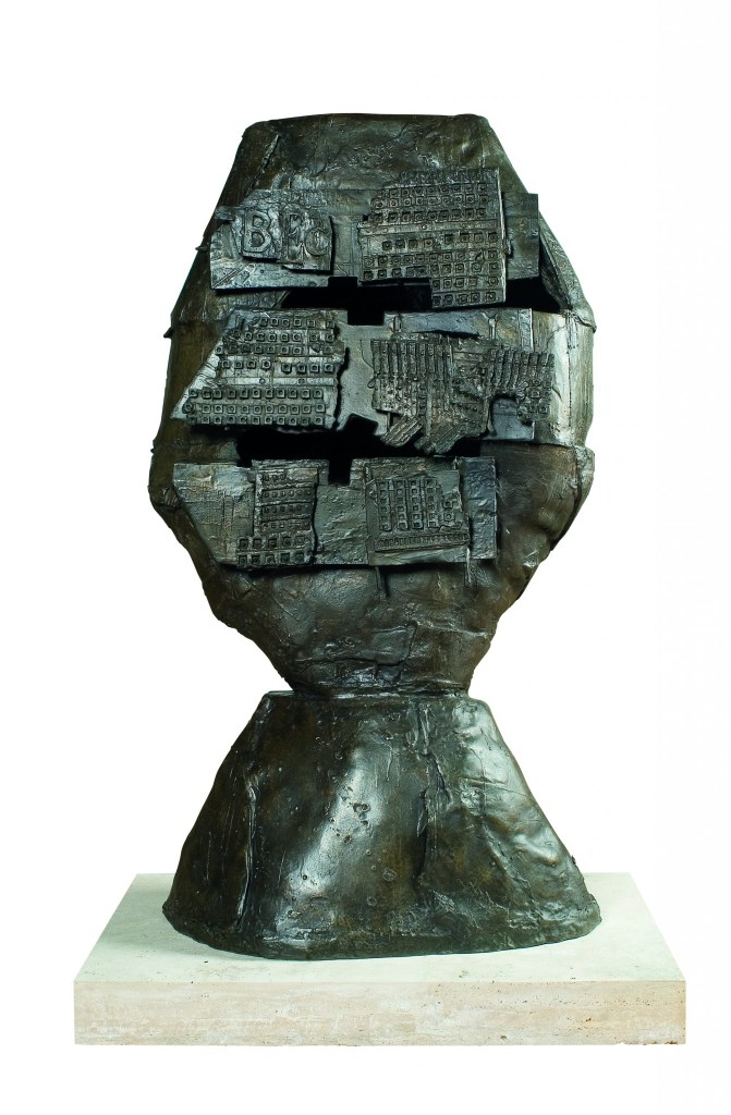 Edoardo Paolozzi, Untitled Head, c.1957-58, bronze, height 149.9cm, Copyright Jonathan Clark Fine Art, Courtesy Marlborough Fine Art