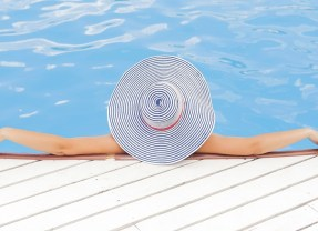 Six Tips for Building A Swimming Pool in your Garden