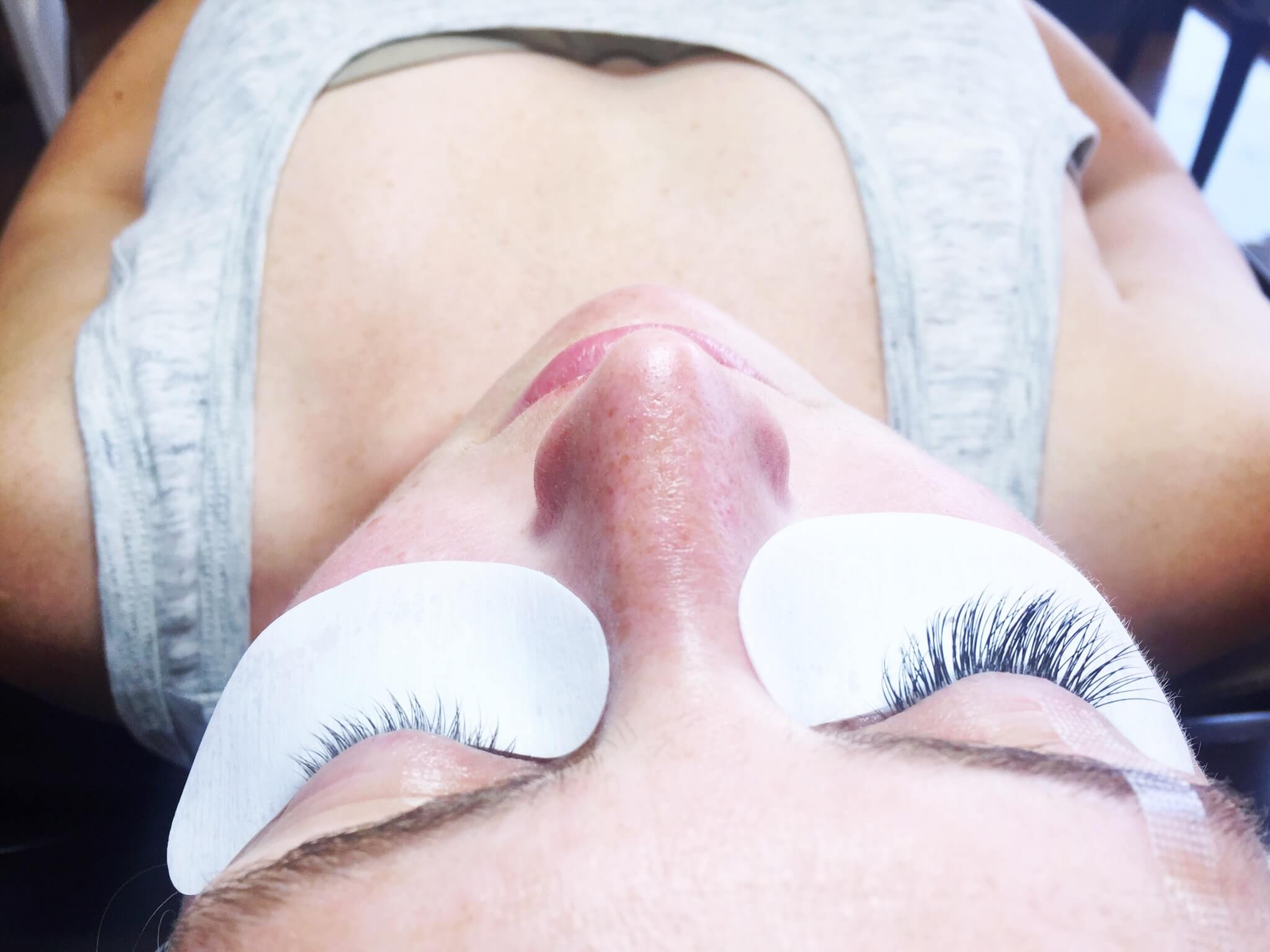 Eyelash Extensions--DURING // Lashes By Lola // www.thehisfor.com