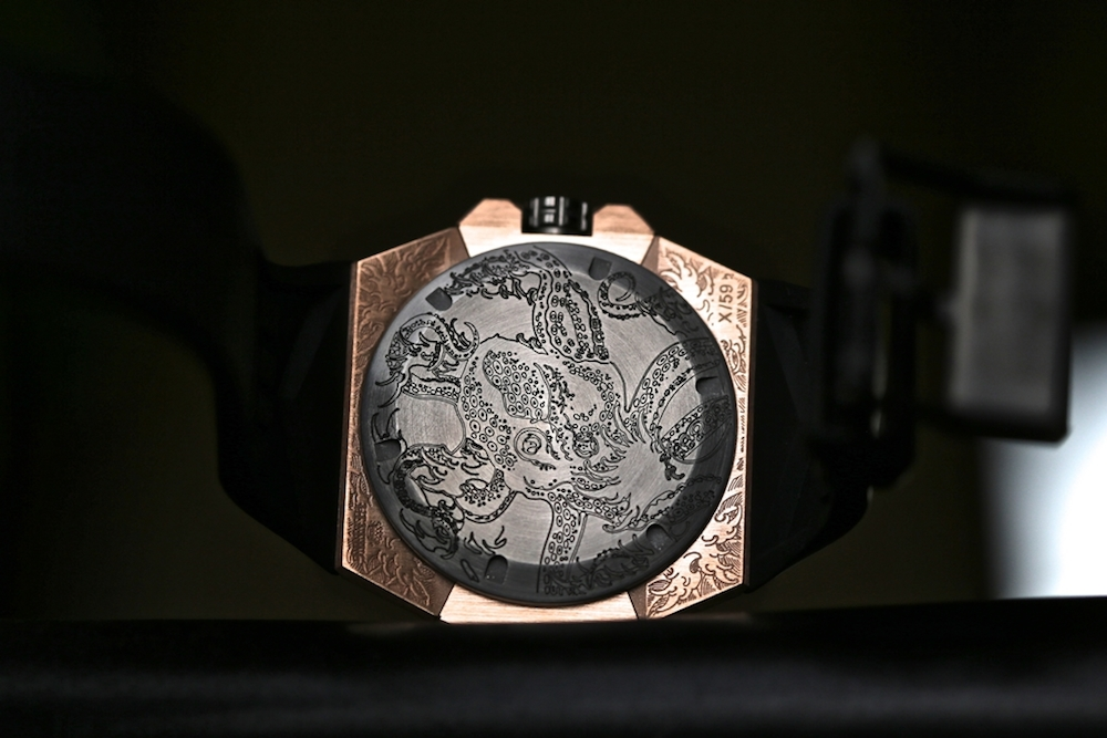 linde-werdelin-oktopus-moon-tattoo-2