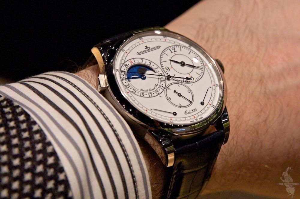 duometre-a-quantieme-lunaire-enamel-wrist