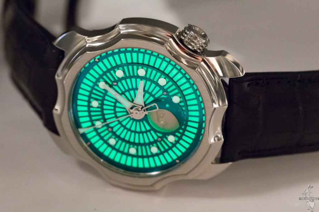 Sarpaneva-Korona-Northern-Lights-green-2