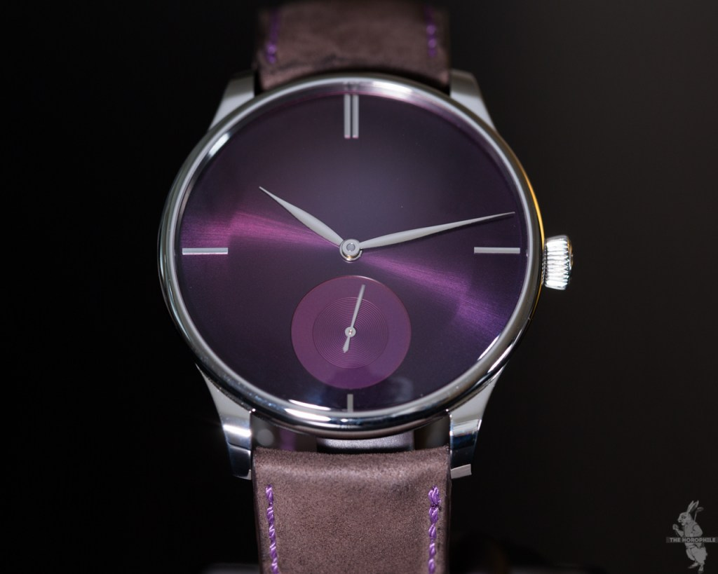 h-moser-venturer-small-seconds-xl-purple-haze-3