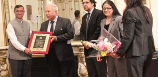 """Ambassador Dnyaneshwar M Mulay presents to Dr. Yusuf Khwaja Hamied """"Jawaharlal Nehru Lifetime Achievement Award. Seen in the picture, from left to right: Ambassador Mulay, Dr. Hamied, Dr. Ashraf Khan, Dr. Tazen Beg, Dr. Sadia Chagtai"""