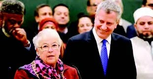 New York Mayor de Blasio and Schools Chancellor Carmen Fariña said Wednesday, March 4 that new Muslim school holiday closures would honor families