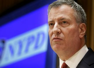 New York City Mayor Bill de Blasio is being investigated by FBI for campaign fund raising
