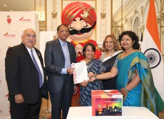 HR Shah wins Air India free return ticket. Seen in the picture, from L to R: Ravi Batra, HR Shah, Ambassador Riva Ganguly Das, Ranju Batra, Vandana Sharma, Regional Manager, Air India