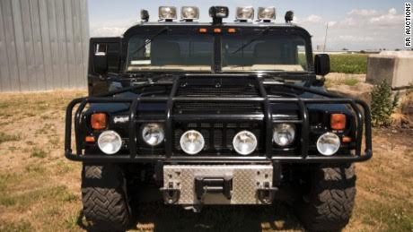 Tupac's vintage Hummer sells for over $300K (photos)