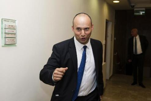 Israel economy minister proposes partial West Bank annexation