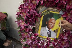 Mandelas are 'melancholy but do not despair'