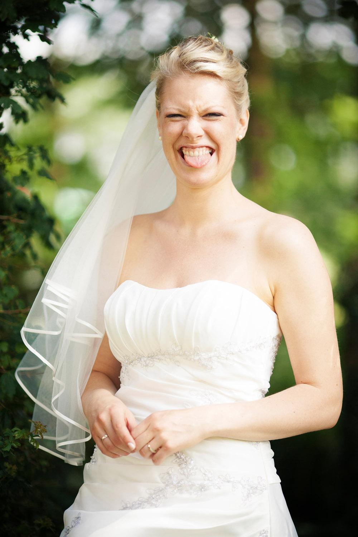 Hav det sjovt mens vi laver bryllupsbilleder