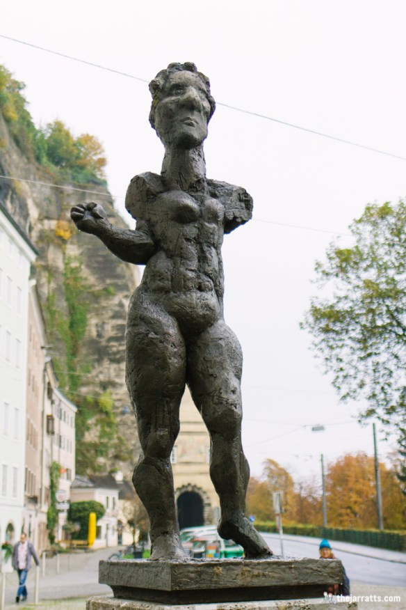 A modern statue of Mozart that is apparently supposed to show his feminine side