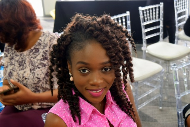 pretty-girl-with-havana-mambo-crochet-braids