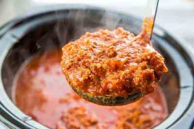 Slow Cooker Bolognese Sauce | The Kitchen Magpie