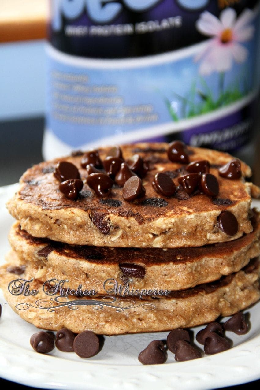 Protein Packed Chocolate Chip Oatmeal Cookie Pancakes with Chocolate ...