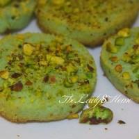 Pistachio cookies - eggless