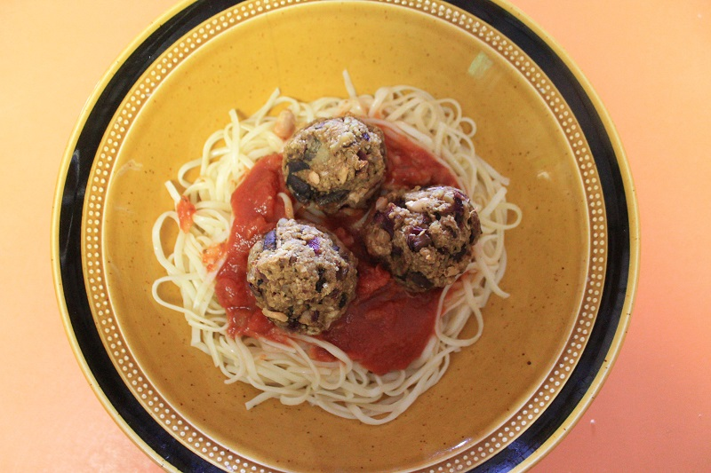 Curried Walnut Meatless Meatballs | The Lazy Vegan Baker
