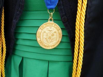 P1000184 Graduation Round 2
