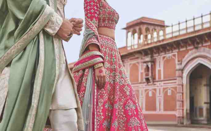 Indian Designer Anita Dongre To Participate in Aashni Co Wedding