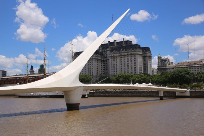 Ponte-Mujeres-Buenos-Aires-Photocredit@TheLostavocado.com