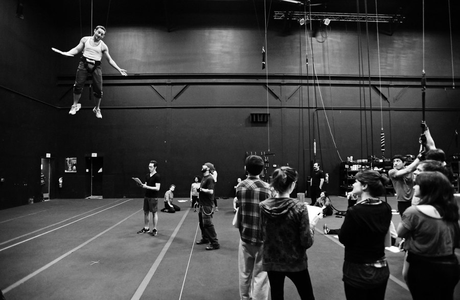 Members of Actors Theatre's Acting Apprentice Company get shown the ropes of stage flight at ZFX. Photos by Hunter Wilson/Kertis Creative.