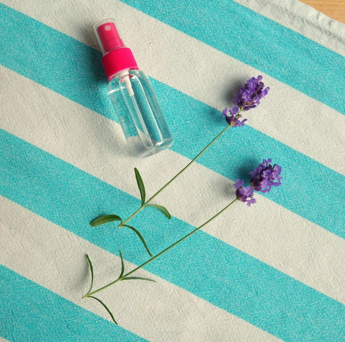 How To make your own easy anti mosquito spray to keep those pesky bugs away. PS it doubles as a Good Night Sleep Spray! DIY by The Makeup Dummy