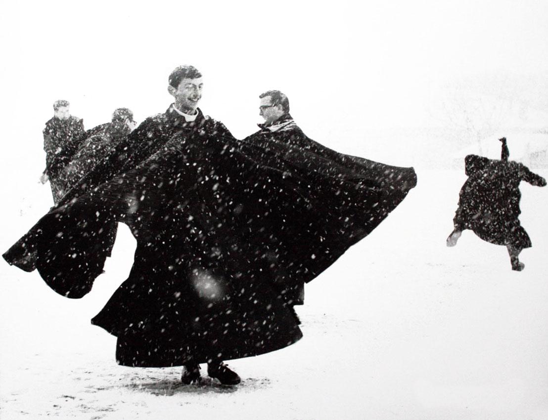 Mario giacomelli doppia mostra fotografica a milano for Cartier bresson monza