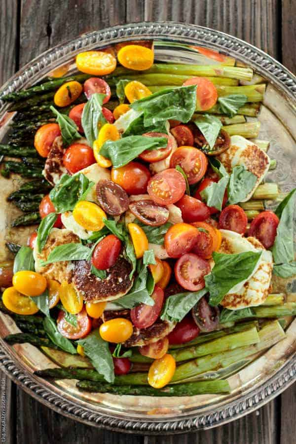 Salad Recipes: Fried halloumi cheese and asparagus salad