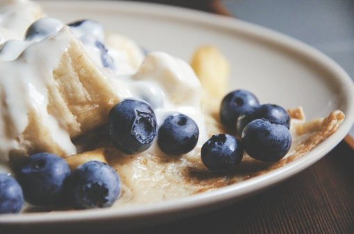 Add frozen fruit to pancakes