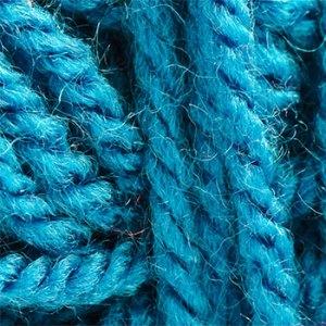 turquoise-yarn