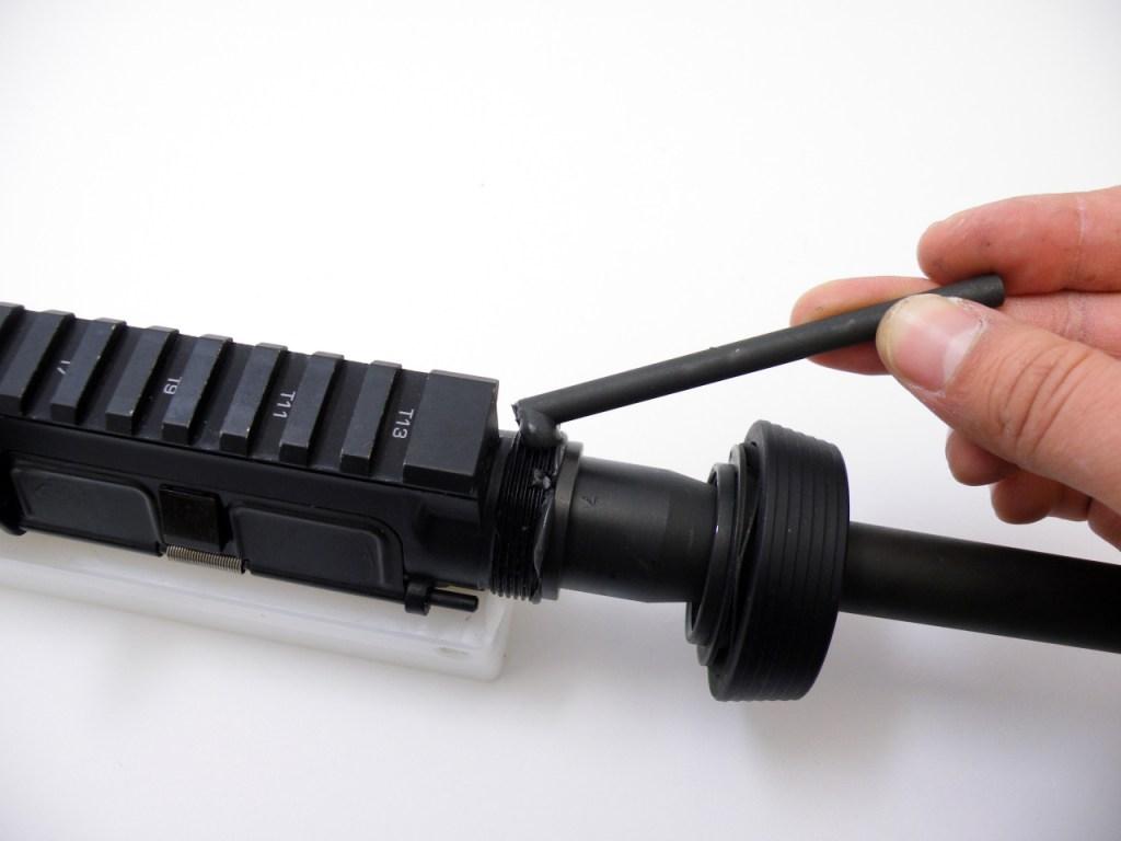 AR15 install barrel (4)