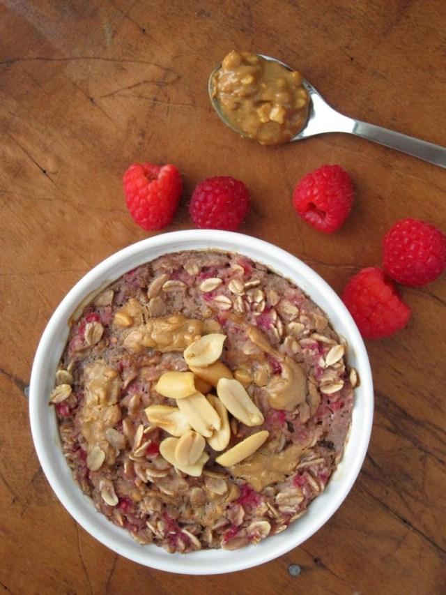 peanut-butter-berry-baked-oatmeal-1-