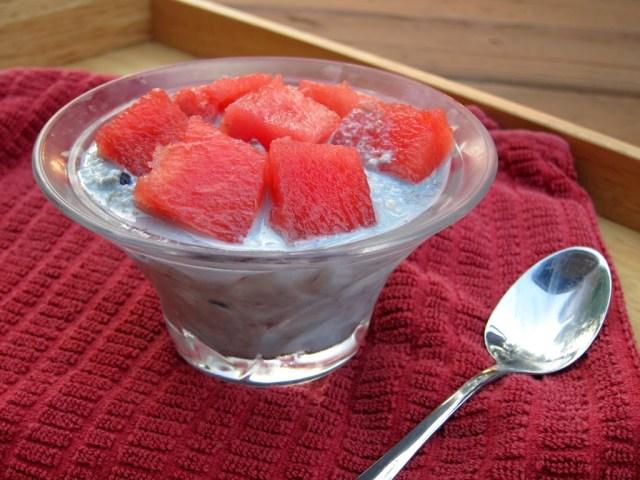 melon-berry-overnight-oatmeal-4-