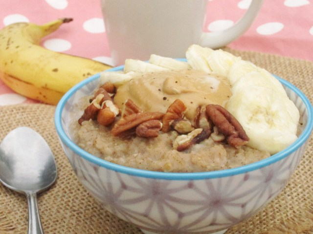 Spiced Banana Oatmeal with Java PB2 #vegan