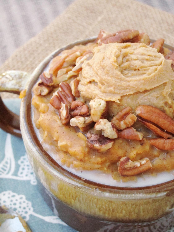 Spiced Pumpkin Oatmeal with Java PB2 | The Oatmeal Artist
