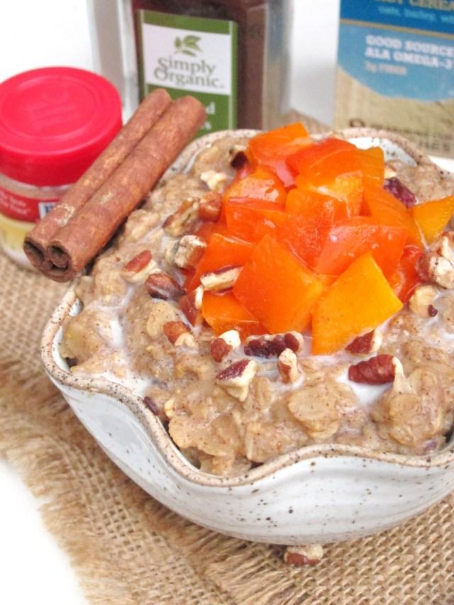 Gingerbread Persimmon Oatmeal #vegan #oatmealartist #betteroats