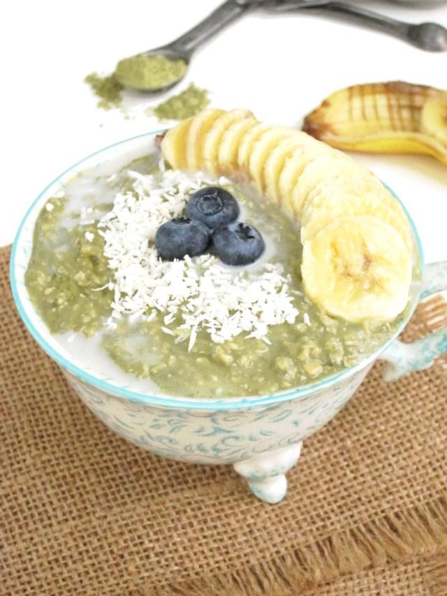 Matcha Yogurt Overnight Zoats #Vegan #Oatmeal #OatmealArtist