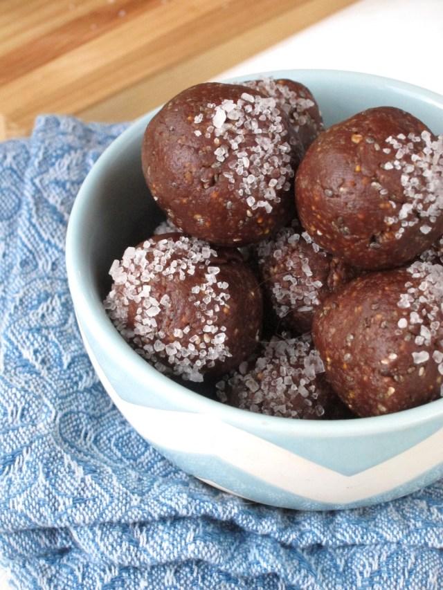 Fig and Dark Chocolate Bites #OatmealArtist #vegan