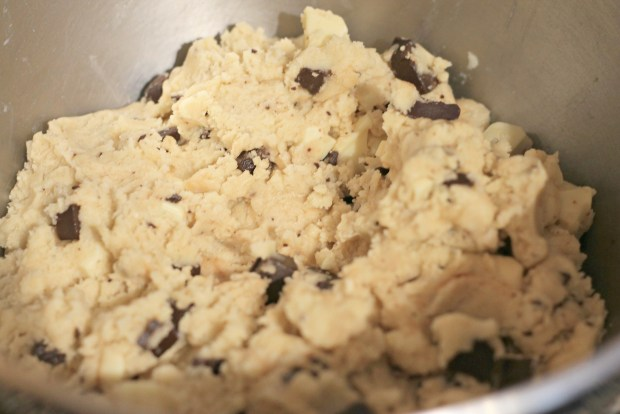 Chocolate-Chunk-Cookie-Dough