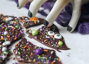 Chocolate Bark Halloween Recipes