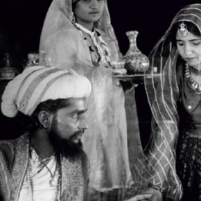 This Silent Film of 1927 has One of the First Kissing Scenes of Indian Cinema, Don't Miss Its Screening!